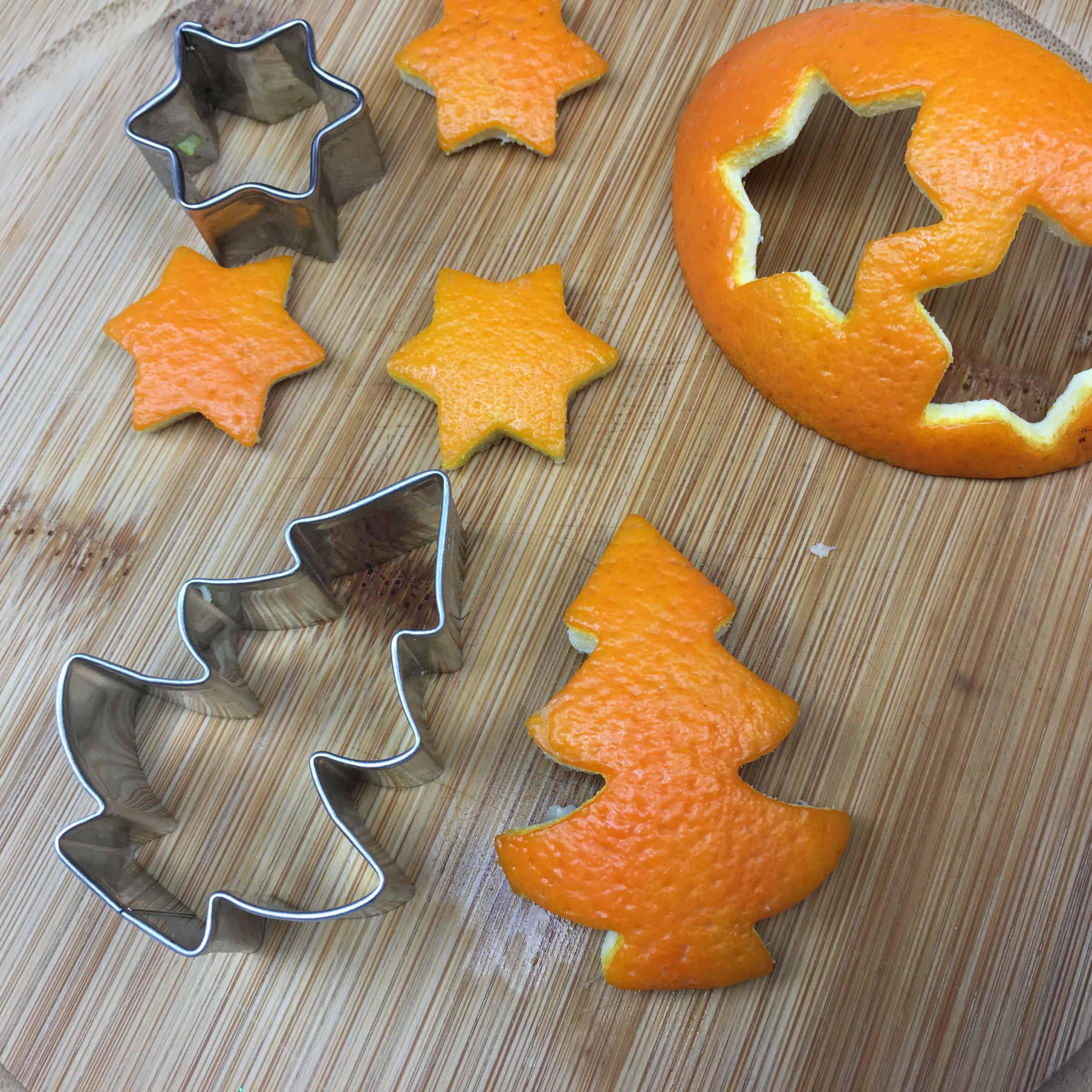Orangenschalen Ausstechen Anstatt Kekse Weihnachtsdeko